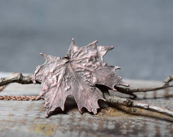 leaf necklace womens gift botanical jewelry electroplated maple leaf necklace copper electroformed pendant nature jewelry fairytale gift