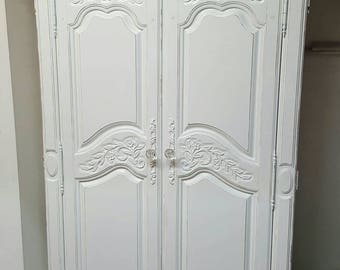 Merveilleux Shabby Chic Armoire White Distressed Cottage Chic Glam Linen Closet
