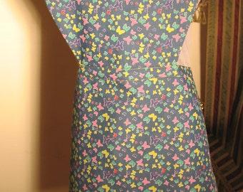 Kitchen apron, heart shaped kitchen apron, kitchen apron for mum, kichen apron for her