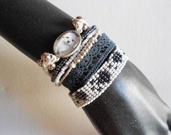 """pet"" loving MULTISTRAND bracelet with cabochon"