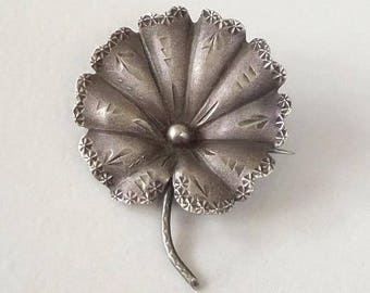 Antique Victorian STERLING Brooch, Aesthetic Victorian LILY Brooch, Botanical Water Lily Pad Pin 1890s, Rare Special Gift for Her