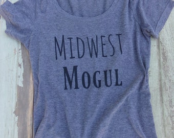 Midwest Mogul Women's Scoop Neck Tee