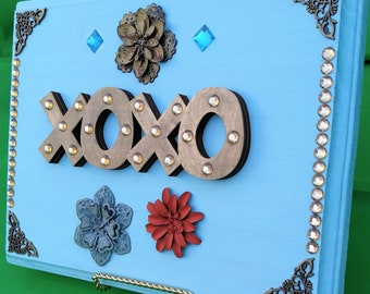Hand Painted, LOVE,  XOXO Hugs and Kisses 11 x 9 Inch Decorative Wooden Plaque with Stand