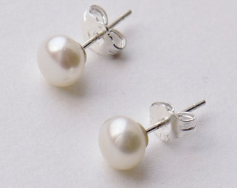 small ivory white pearl sterling silver 4mm freshwater pearl stud earrings