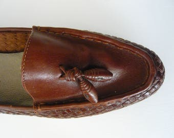 Vintage Bandolino Loafers Basketweave with Tassle Size 10  Made In Brazil