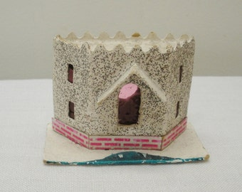 Vintage Castle Top Cardboard Putz House
