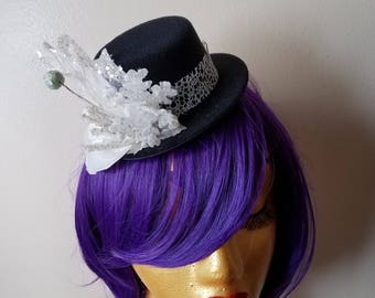 Snow Ball Mini Top Hat Fascinator