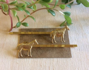 Handmade horse bobby pins // gift idea for her // equestrian thoroughbred // kentucky derby spring 2018 // gold brass hair pin accessories