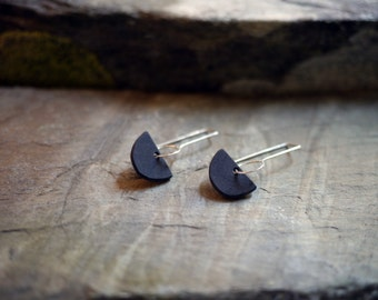 Slate black Arc Earrings, black earrings, black semicircle earrings, minimal earrings, light weight, simple earrings, contemporary jewelry
