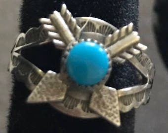 Vintage Sterling Turquoise Arrow Ring