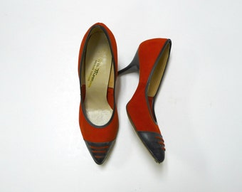SALE!!!     Mr. Thoms . 50s red and black kitten heels . fits like a 6.5