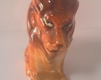 Vintage Ceramic Lion Salt or Pepper Shaker