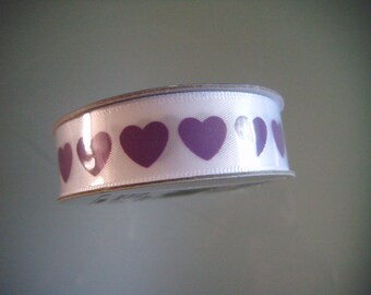 x 4 meters of white patterned polyester purple heart 16 mm Ribbon