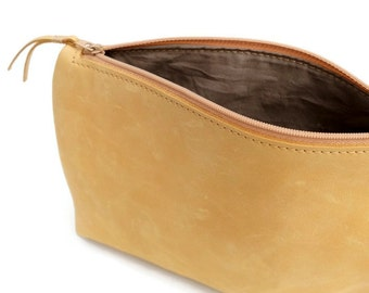 Yellow leather cosmetic bag - Yellow makeup bag - Leather case - Leather pouch - Small bag - Small purse - Zipper pouch - Travel accessory