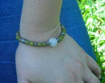 Small olive green bead and moonstone bracelet