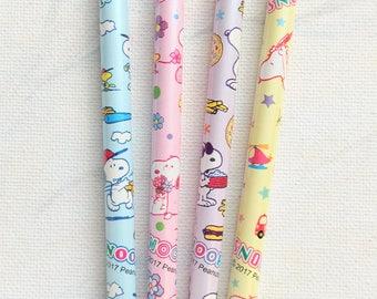 Snoopy pencils, peanuts pencils, cute pencils, kids pencils, snoopy stationery, peanuts stationery, graphite pencils, 12 pcs