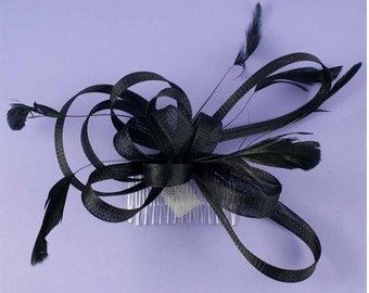 Black fascinator, Cream,White Fascinator, Feather comb fascinator, Wedding Bridesmaid hair comb, Ascot,Prom,coctail,Ladies Hair Accessory