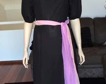 1970s Elasticised Sleeve Day Dress Belt Included