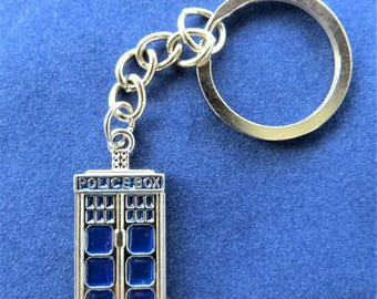 Doctor Who TARDIS Key Chain Blue Police Call Box Time Lord Keychain Accessory Geeky Whovian Sci-Fi  Birthday Gift Idea Christmas Present
