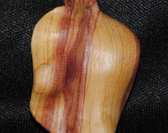 Lilac leaf made from lilac wood