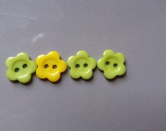 pretty green and yellow flower buttons