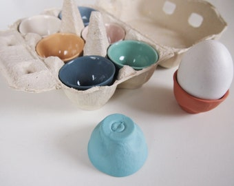 Tütei - oeuf en porcelaine, à la main et colorée de la couleur, le meilleur accompagnement pour l'oeuf