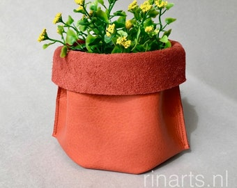 Leather storage basket in orange full grain leather. Leather bucket / shelf organizer / leather box / storage box. Eco friendly basket