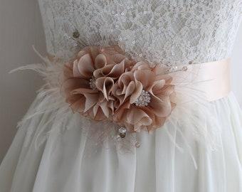 Champagne bridal sash belt, Tan Wedding feather belt sash, Bridal Organza Flower Sash, Wedding dress Floral sash, Bridal belt fabric flowers