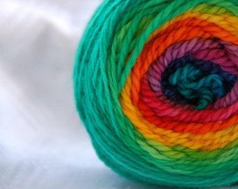 Yarn, handdyed, 100% SW Bfl colour Regenbogen, selfstriping