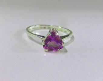 Amethyst Ring - Amethyst Trillion Gemstone & Sterling Silver Ring - Ladies Size 6 1/2 Ring