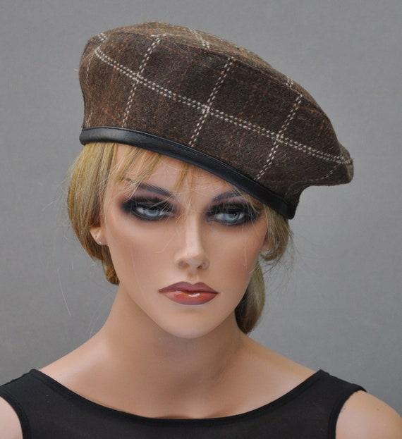 Brown Beret, Plaid Beret, Tartan Beret, Women's Winter Hat, Ladies Fall Hat, Brown Casual Hat