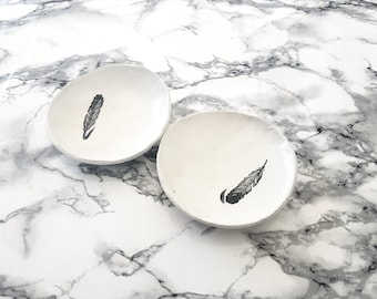 Set of 2 White rustic air dry clay ring dishes/bowls, trinket dish, key dish, Birthday gift, Mother's day, Jewellery