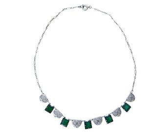 1920s Rhodium Plated Filigree Necklace with Emerald Glass