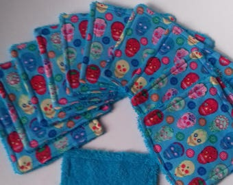 set of 11 graphic wipes