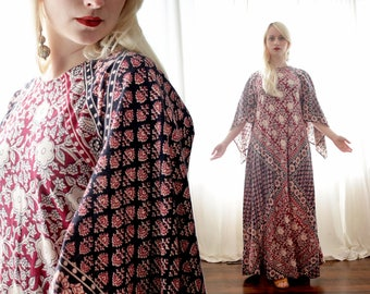 Vintage Indian Pakistan block print Scarf angel sleeve dress red cream black maxi festival caftan 1970s 1960s 70s 60s