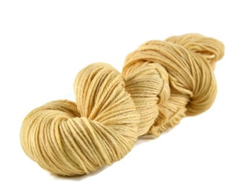 Worsted Yarn, Superwash Merino yarn, worsted weight yarn, wool yarn, 100% Superwash Merino, worsted merino, gold, yellow - Straw