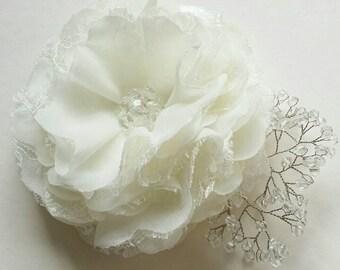 Ivory flower hair clip Flower for bride Bridal hair accessory