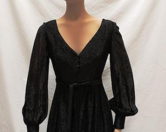 1970s Geoffrey Beene Dress Black Fit and Flare Designer Boutique V Neck Empire Frock Vintage