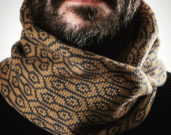 Scarf knitted wool. Winter. Gift for him. Accessories for men. Woollo handmade. Navy and ochre // Handknitted, ideal for winter