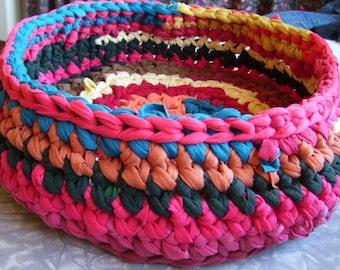 Crochet Cat Dog Basket