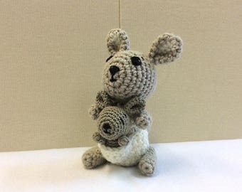 KANGAROO WITH JOEY Crochet, Amigurumi Kangaroo, Handmade Kangaroo Plush, Australian Gift, Baby Shower Gift, Nursery Decor, Children Toy, Ing