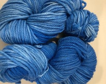 dyed blue-dyed yarn-blue Yarn- chunky Weight yarn-Hand Dyed - chunky Yarn Dyed-blue heavy worsted-Variegated Yarn- blue