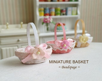 Dollhouse Miniature Basket - Shabby Chic Sweet Petite, 1/12 ~ 1/6 scale Barbie Dollhouse Diorama Roombox DIY Craft