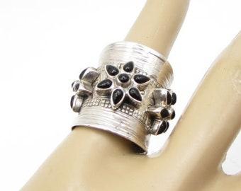 925 sterling silver - bezel set black onyx floral cigar ring sz 6 - r1167