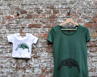 Mama en Baby T-shirt Set met schildpad print - Moederdag geschenk baby - Mama Moeder en zoon bijpassende T-shirts - groen zacht bio katoen