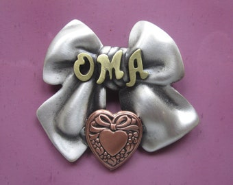 OMA BROOCH- Oma Gifts- Oma Jewelry- Gifts for Oma- Grandmother Gift- Grandma Gift