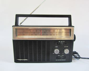 Vintage REALISTIC Portable AM FM Radio Hong Kong 1980s Model 12 - 623