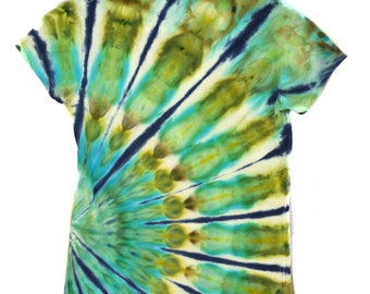 READY TO SHIP! Ocean colors, arc, psychedelic, festival clothing, tie dye, women's small shirt