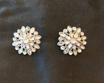 Jean Jewelry/ Brooch set