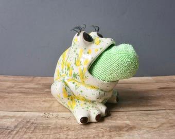 Ceramic Frog Sponge Holder, Retro Kitchen Sponge Scrubby Frog, Vintage Frog Figurine, Facial Sponge Holder, Silly Big Mouth Frog